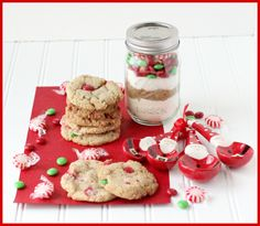 Christmas Mint Cookies Gift in a Jar