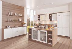 CARAT-BLANC - Une cuisine qui mêle de manière équilibrée le blanc mat avec le dessin bois naturel   Meubles Toff