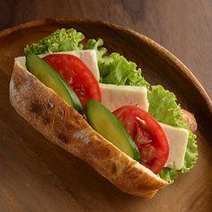 Beyaz Fırın - fırın & tezgah - sandviçler - ciabata ekmeğinde beyaz peynirli sandviç