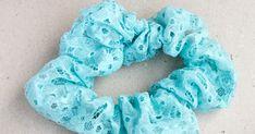 Kuvitettu ompeluohje: hiusdonitsi eli scrunchie Sewing Hacks, Sewing Tips, Scrunchies, Burlap Wreath, Diy And Crafts, Inspiration, Diy Stuff, Craft Ideas, Sweet