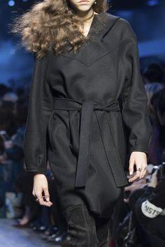 Défilé Christian Dior Automne-hiver 2017-2018 Prêt-à-porter -...