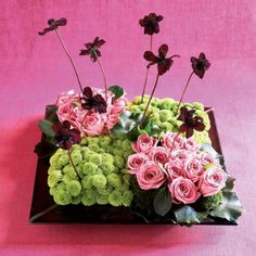 Contemporary arrangement from Southern Accents several years ago. Very cute for small event