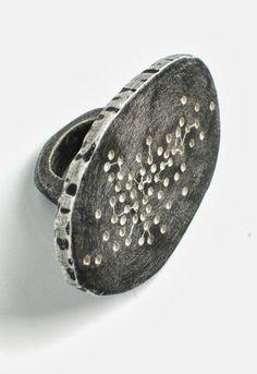 Jewelry   Jewellery   ジュエリー   Bijoux   Gioielli   Joyas   Art   Arte   Création Artistique   Precious Metals   Jewels   Settings   Textures  