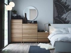 ikea-oppland-chest-of-drawers-in-oak-a-malm-bed-in-white-and-white-ludde-sheepskin.jpg (287×215)