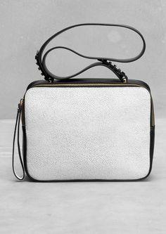 Boxy leather shoulder bag   Boxy leather shoulder bag   & Other Stories