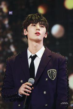 Hwang Minhyun Cr: to owner Minhyuk, Jinyoung, Asian Boys, Asian Men, Shanghai, Nu Est Minhyun, Let's Stay Together, Cute Fox, My Destiny