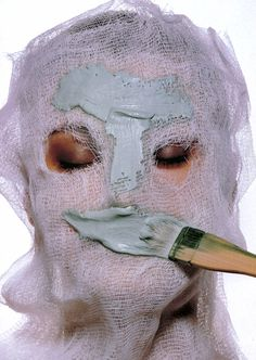 """Thermal Mask"" - Irving Penn, US Vogue December 1997"