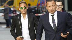 FC Barcelona: Brasil embarga a Neymar un helicóptero de 3,8 millones de dólares. Noticias de Fútbol. La Agencia Nacional de Aviación Civil (Anac) de Brasil embargó un helicóptero propiedad del futbolista Neymar en el marco de un proceso judicial contra el jugador