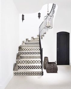 "149 Likes, 4 Comments - Kristin Scheifele (@ksdesignstudios) on Instagram: ""The grooviest staircase that ever was...Always a fan of well purposed tile design. ♡♡♡…"""