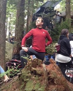 "Star Trek Beyond | Behind the scenes - Simon Pegg  ^when you missed the into the woods ""agony"" audition and you really wanted to be in it"
