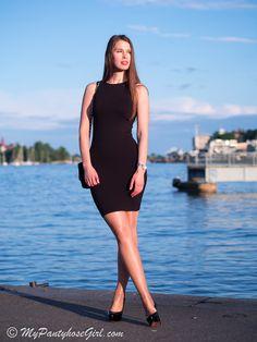 MyPantyhoseGirl: Little black dress in the city