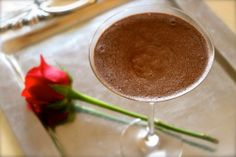 Yummy chocolate mousse the Latino way! (EXCLUSIVE RECIPE) | ¿Qué Más?