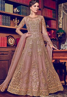 Looking to buy Anarkali online? ✓ Buy the latest designer Anarkali suits at Lashkaraa, with a variety of long Anarkali suits, party wear & Anarkali dresses! Robe Anarkali, Costumes Anarkali, Bridal Anarkali Suits, Bridal Lehenga, Designer Anarkali, Designer Gowns, Designer Wear, Salwar Kameez, Kurti