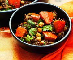 Groentecurry met pompoen, aubergine, linzen en kikkererwten -