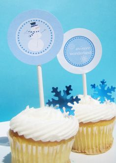 Winter wonderland Birthday Table, 21st Birthday, Wonderland Events, Snowflake Party, Penguin Party, Baby Shower Table, Winter Onederland, Winter White, Cupcake Toppers