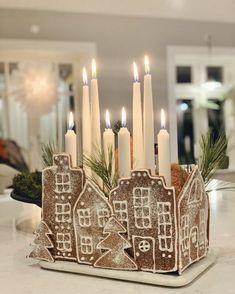 Christmas Gingerbread, Noel Christmas, Merry Little Christmas, All Things Christmas, Winter Christmas, Gingerbread Houses, Theme Noel, Christmas Aesthetic, Christmas Inspiration