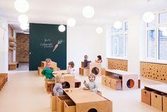 Flexible furniture = play, construction, blocks Sika Sinneswandel, Baukind Architects, Germany