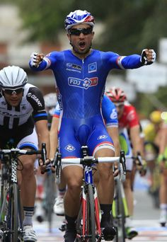 Giro d'Italia 2014 - Stage 7 - Nacer Bouhanni (FDJ) is victorious at the end of stage 7 of the Giro d'Italia