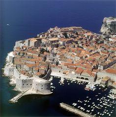 Dubrovnik – Perle der Adria. Lesen Sie unseren Reisetipp im Seniorenblog: http://der-seniorenblog.de/seniorenreisen/reisenachrichten-reisenews/. Bild: Damir Fabijanić - #derseniorenblog