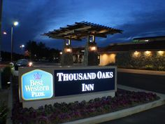 Thousand Oaks (CA) Best Western PLUS Thousand Oaks Inn United States, North America The 3-star Best Western PLUS Thousand Oaks Inn offers comfort and convenience whether you're on business or holiday in Thousand Oaks (CA). The hotel offers guests a range of services and amenities designed to provide comfort and convenience. All the necessary facilities, including 24-hour front desk, facilities for disabled guests, luggage storage, Wi-Fi in public areas, car park, are at hand. ...