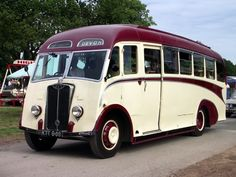A few of my favourite buses & coaches. Bedford Buses, Bedford Truck, Classic Trucks, Classic Cars, Luxury Motorhomes, Michael Carter, Old Lorries, Routemaster, Wheels On The Bus