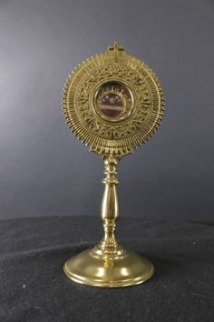 Reliquary containing a relic of Saint Thomas Aquinas