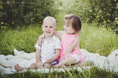 Familien-Fotoshooting in Esslingen | Babybauch und Neugeborenenfotografie#family  #Familie #photography  #family-photography   #Familienfotoshooting  #Familien-Fotografie #Familien-Fotografin #Fotografin #Esslingen #Stuttgart #MarionHassoldPhotography #outdoor #nature #Siblings #Geschwister