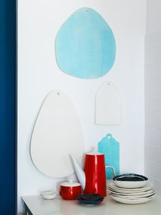 color scheme of my kitch - on full pic pg. example of color I want to paint my pantry door.