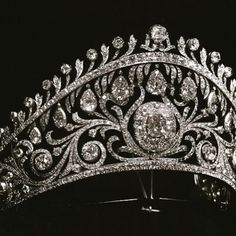 The Cartier tiara of Grand Duchess Helen in the kokoshnik shape ordered by her mother, Grand Duchess Vladimir as a present for her wedding to prince Nicholas of Greece in1902. You can see her daughter Princess Olga, my grandmother wearing it in a photo I posted previously. #oneofakind #hashtagfashion #divine #magnificent #wwwprincedimitri #elegant #romanoff #russianhistory #tiaras #imperialrussia #princessolga #photooftheday #grandduchessvladimir #granduchess Helen #kokoshnik #nostalgia…
