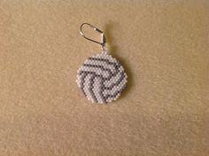 Items similar to Volleyball Beaded Earrings on Etsy Beaded Earrings Patterns, Beading Patterns, Crochet Earrings, Brick Stitch Earrings, Seed Bead Earrings, Seed Beads, Bead Embroidery Jewelry, Beaded Embroidery, Mochila Crochet