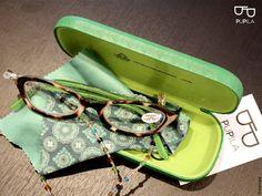 Gafas y estuche PUPILA Verde