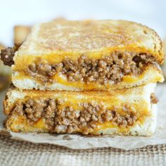 It's sloppy joe meets grilled cheese and it's a match made in heaven! These Sloppy Joe Grilled Cheese Sandwiches are just plain ridiculous! You're going to be hooked after one bite! Tacos, Tostadas, Grilled Cheese Sloppy Joe, Grilled Cheeses, Grilled Cheese Rolls, Grilled Food, Deli Sandwiches, Delicious Sandwiches, Grill Cheese Sandwich Recipes