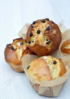 Brioche without kneading but with small lift Croissants, Homemade Peppermint Patties, Christmas Bread, Sweet Buns, Cake Factory, Bread Bun, Bread And Pastries, Pastry Cake, Bread Baking