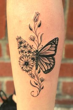Dope Tattoos, Pretty Tattoos, Mini Tattoos, Flower Tattoos, Body Art Tattoos, Tatoos, Tattoo Ideas Flower, Ankle Tattoos, Tattoo Drawings