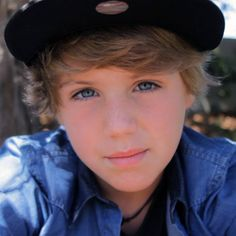 This is matty b he is soooo hot and he is thirteen years old. If u want to know more about his music go to you tube and type in matty b. He can rap and i think he is amazing. :-)