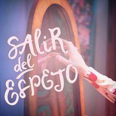 Frases de felicity for now soy luna buscar con google for Ver espejo publico hoy