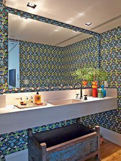 banheiro-colorido-nelson-kabarite (Foto: Victor Affaro/Editora Globo)