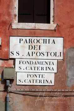 Venice Road Sign