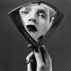♥ Art Deco Vanity Items ♥ Bakelite Vanity Items ♥ Vintage Vanity Items