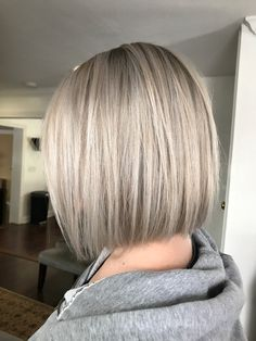 50 chic and trendy straight bob hairstyles and colors that look special, . - 50 chic and trendy straight bob hairstyles and colors that look special - Medium Length Hair Straight, Medium Hair Cuts, Short Hair Cuts, Medium Hair Styles, Curly Hair Styles, Medium Cut, Straight Bob Haircut, Short Straight Bob, Medium Bob Hairstyles