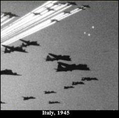 foo fighters ufo - Google 検索
