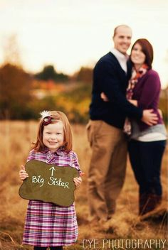 Big sister/big brother anouncement with chalkboard for family pregnancy shoot
