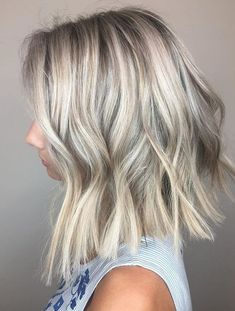 Short Hairstyles Ideas for Spring 2018 with Silver Hair Color