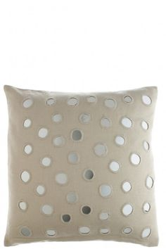 Its all in the details with this pillow. | @calypsostbarth