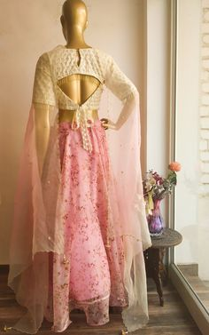 Pastel Pink Organza Lehenga Description: BLOUSE – Fine Cutdana and moti Work on the Back, Front and Sleeves of the. Saree Blouse Neck Designs, Fancy Blouse Designs, Bridal Blouse Designs, Lehenga Designs, Designer Blouse Patterns, Dress Patterns, Designer Dresses, Designer Blouses For Lehenga, Designer Wear