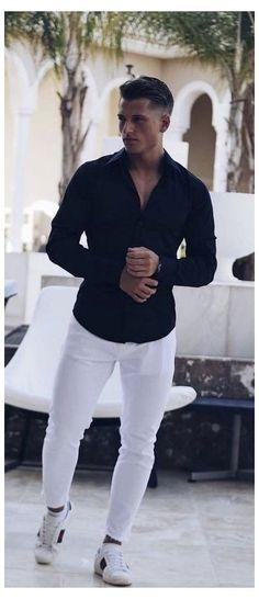 Trendy Mens Fashion, Stylish Men, Look Fashion, Men Casual, Fashion Vest, Man Fashion, Fashion Trends, White Pants Men, White Pants Outfit