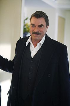 sexy and talented at every age and just getting better love his westerns so much but his jesse stone series and blue bloods are a must watch Tom Selleck Blue Bloods, Gorgeous Men, Beautiful People, Jesse Stone, Hollywood, Raining Men, Sharp Dressed Man, Star Wars, Good Looking Men