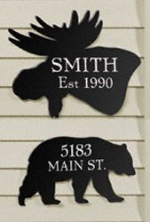 Bear & Moose House Plaques Wood Pattern Add a rustic touch to your home or cabin! #diy #woodcraftpatterns