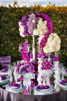 Gorgeous ! ~ Christopher Todd Studios, Flowers by Cina  | bellethemagazine.com
