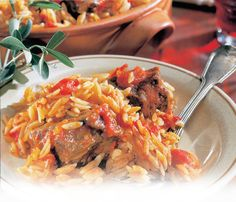 Roast pork with orzo, in Greek we call it Giouvetsi Greek Pasta, Orzo, Pork Roast, Ethnic Recipes, Food, Essen, Meals, Yemek, Eten